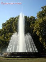 Fountain on Margaret Island by EvilBohnenkraut