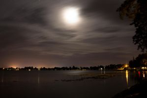 Lake Wendouree at Night 4 by hidden-punk
