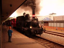 The boy and the train by kasilo