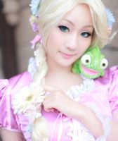 Princess Rapunzel Cosplay 2 by BabyClassicSonic