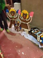 Gingerbread Family by Simpsonsfanatic33