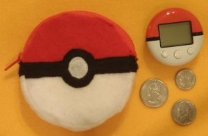 Felt Pokeball Coin Purse by johwee