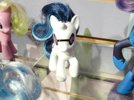 The DJ Pon-3 Toy part of the Toys 'R' Us exclusive by webkinzfun8