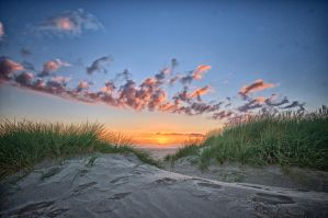 Sunset between dunes by Oddersnude