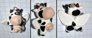 clay winged cow by cihutka123