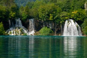 Plitvice Green 9 by DeviantTeddine