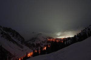 Winter mountain lights by voldemometr