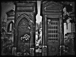 vintage looking cemetery pic by Gothicmama