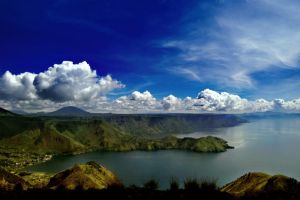 Pearl of Toba Lake II by andriazmo