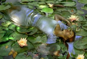 This Ophelia by esstera