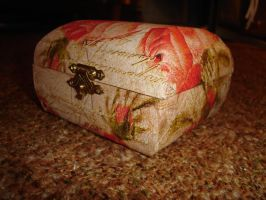 Decoupage jewel box by SzisziF1