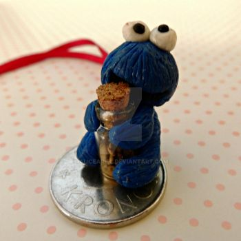 Cookie Monster Charm FIMO by AliceAriel