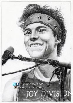 Ashton Irwin (5 Seconds of Summer) by Sharsel