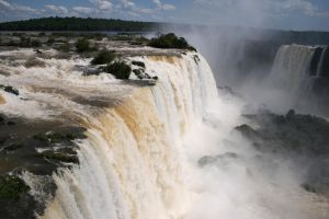 waterfalls of the Brazil by brush-artx