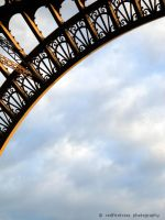 Eiffel Tower: A Close Up by redfiretrees