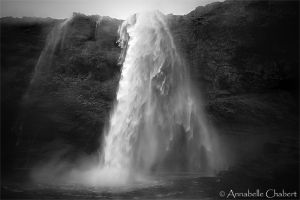 Seljalandsfoss by Annabelle-Chabert