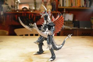 S.H Monsterarts Gigan (27/?) by GIGAN05