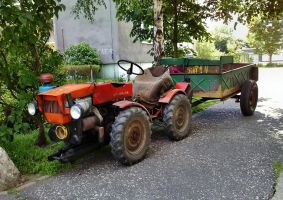 Small Czech tractor by Lew-GTR