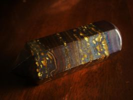 Tigers Eye cross section by Midnyt-Moonlight