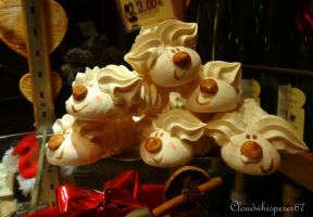 The Funky Festive Meringues by Cloudwhisperer67
