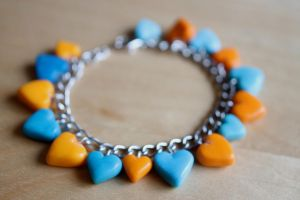 Orange + Blue Heart Bracelet [fimo] by PaleMint