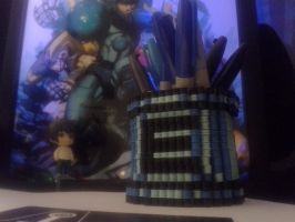 Megaman Energy Capsule (Pencil Holder) by VoxelPerlers