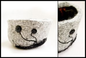 Felted bowl by erezija