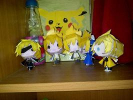 Kagamine Len papercraft collection xD by BlackHearts97