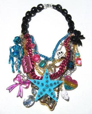 Glam Sugar Trash Crunch neckl by pinkminx