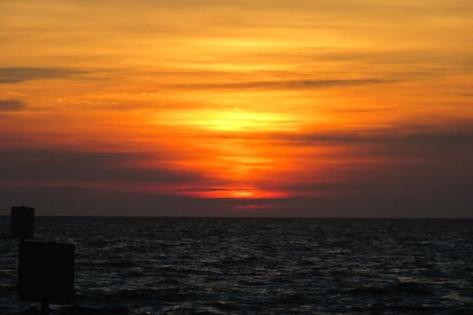 Sunset Gulf of Mexico? by TheTomness