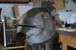 Uruk Helmet - Finished Product 2 by CuSmith