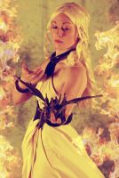 Daenerys Targaryen from Game of Thrones HBO by memoire-hana