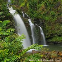 Waterfall - Waikani Falls by La-Vita-a-Bella