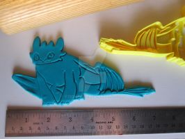 Toothless Cookie Cutter 01 by B2Squared