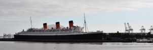 Queen Mary by Emn1ty