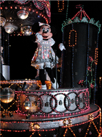 Minnie in the Spectro Parade by WDWParksGal