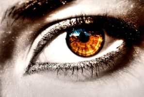 My eye by Acomano
