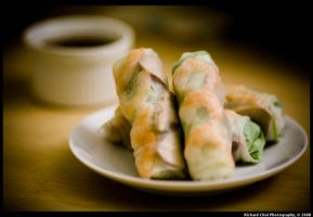 Tasty Spring Rolls by richardchoi