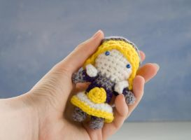 League of legends: crochet doll Lux by tinyAlchemy
