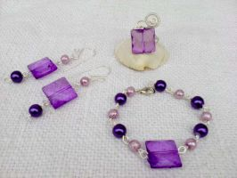 Purple with silver wire by Mirtus63