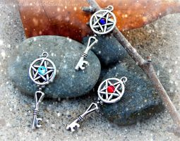 Crystal Pentacle Keys by ArtByStarlaMoore