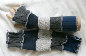 Gray and Blue Arm Warmers by Tzigana