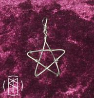 Wireweave Pentacle Charm by dalentalas