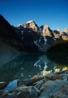 Moraine Lake by kalicobay