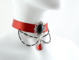 Beads Dangles Choker by Lincey