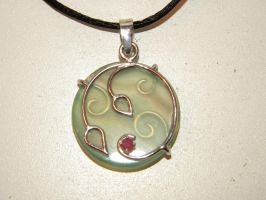 Green agget and ruby pendant by gokusonwing0