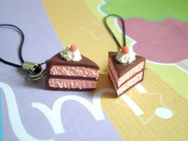 strawberry cake charms by jenyah