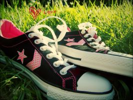 Converse love by YoungBlueBell