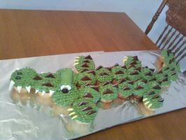 Alligator Cupcake Cake by Band-Geek24