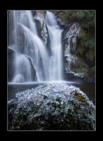 a sparkle at the falls by theoden06